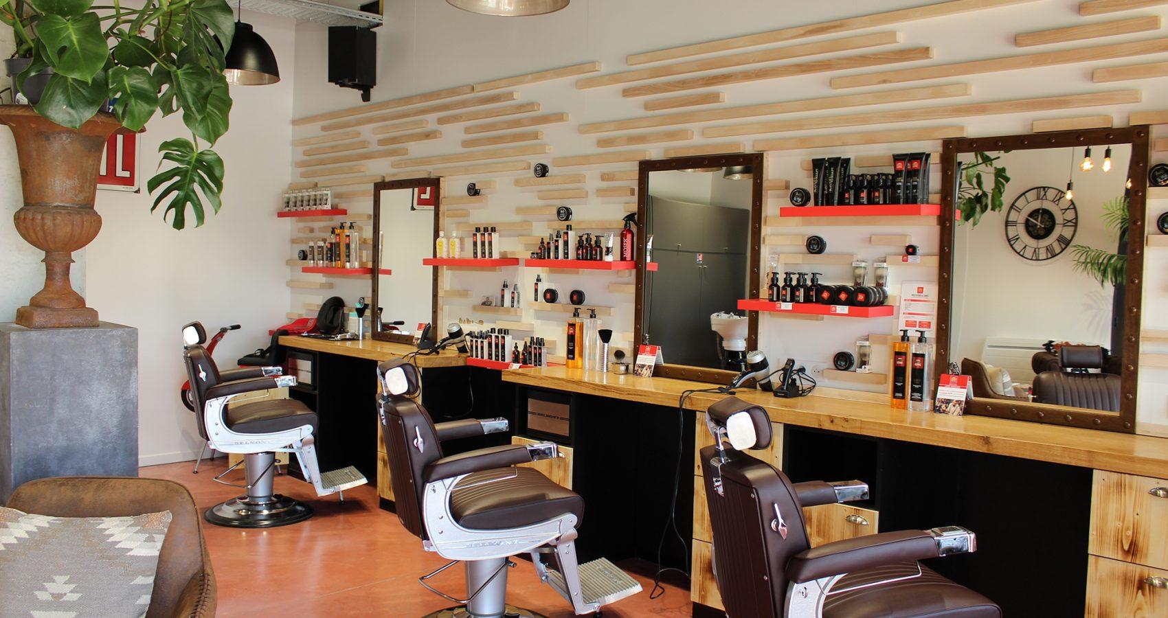 Maxime-homme-page-accueil-barbier-coiffeur-ambroise20