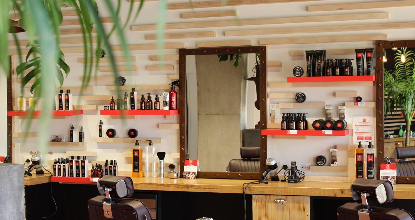 Maxime-homme-page-accueil-barbier-coiffeur-ambroise3