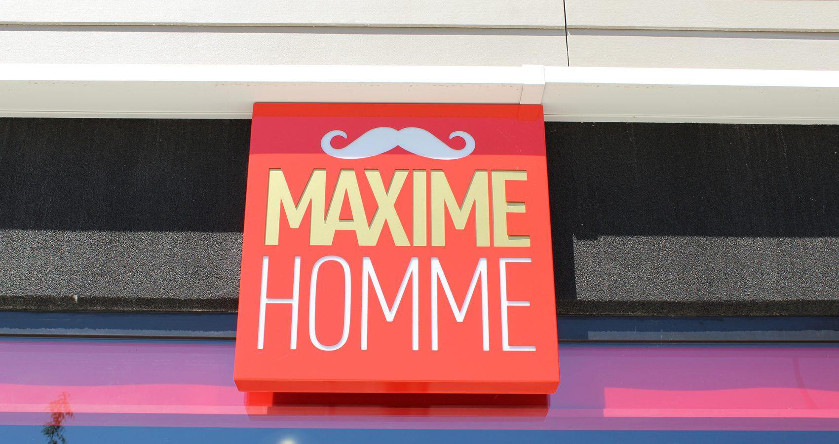 Maxime-homme-page-accueil-barbier-coiffeur-ambroise9