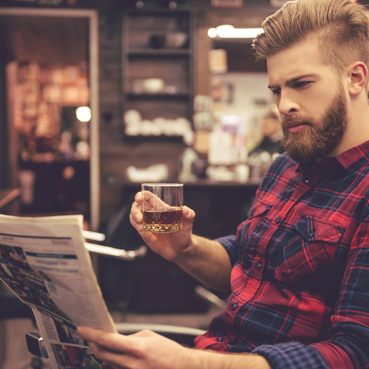 Maxime-homme-page-accueil-barbier-coiffeur-noyon1